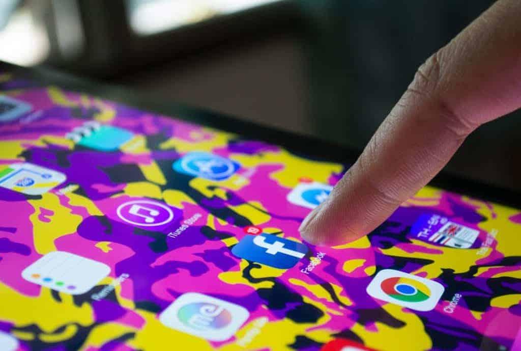 Ensure Social Media Advertising Standards Compliant 1